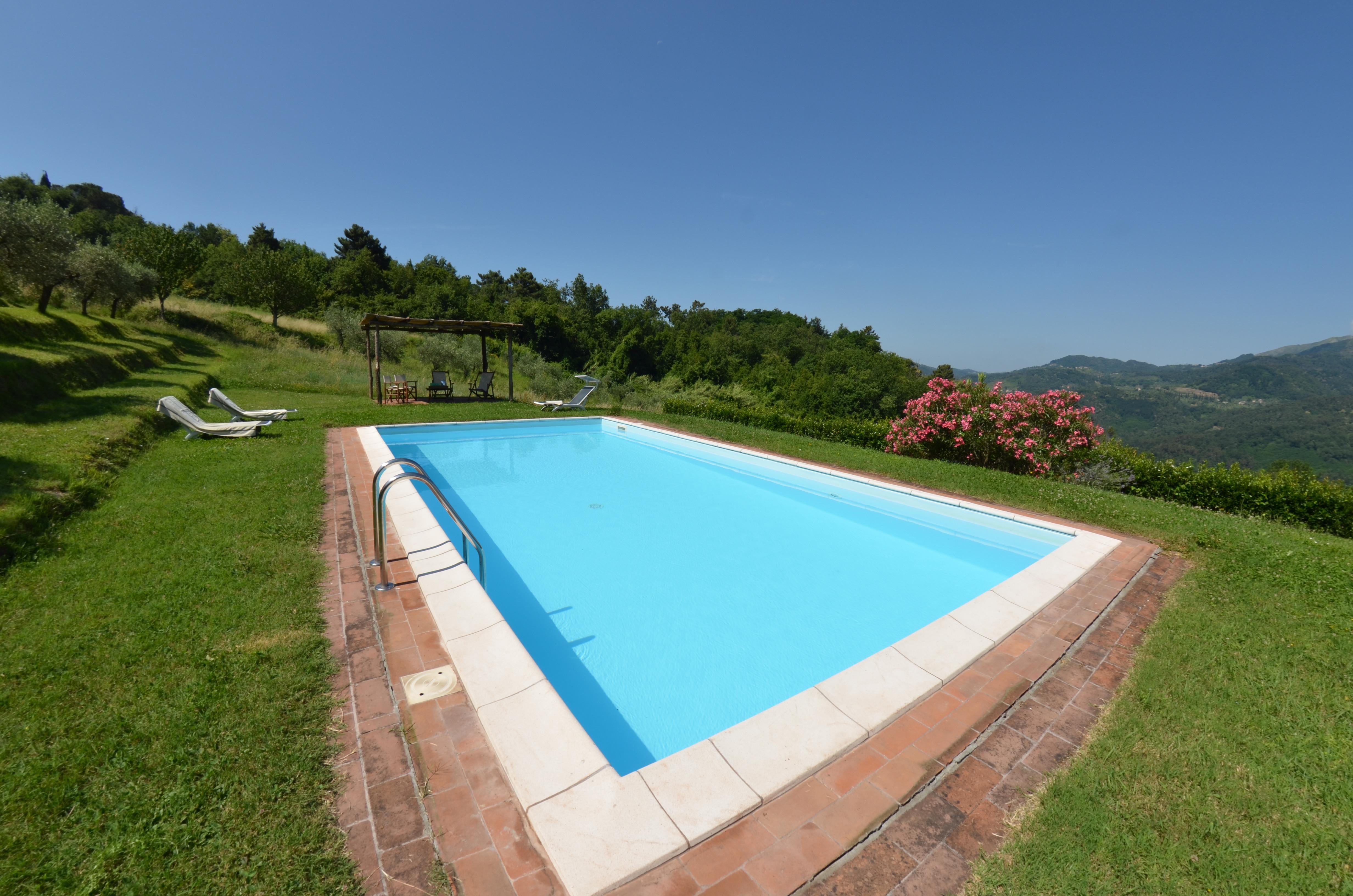 Villa La Terrazza in San Martino In Freddana - Italian Breaks